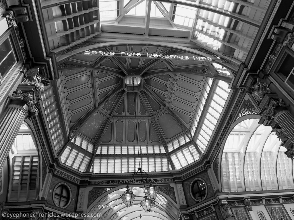 London-Leadenhall-Space here becomes time