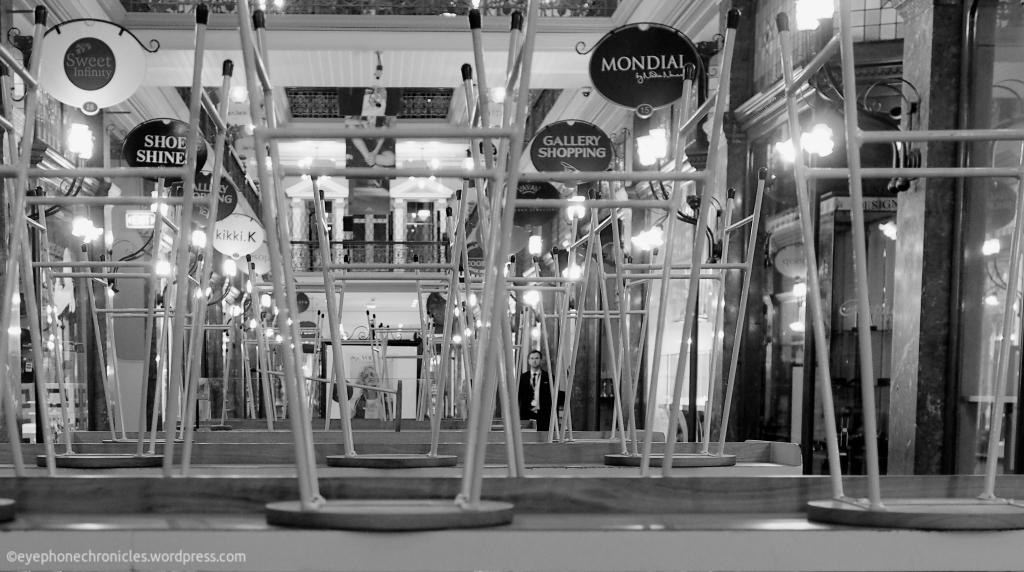 Strand Arcade-Closing time (1)